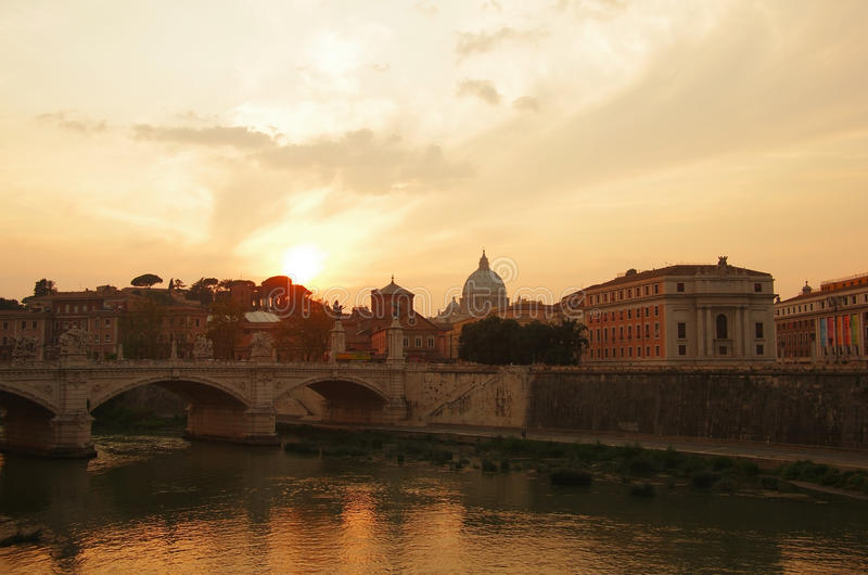 Rome op zonsondergang royalty-vrije stock fotografie