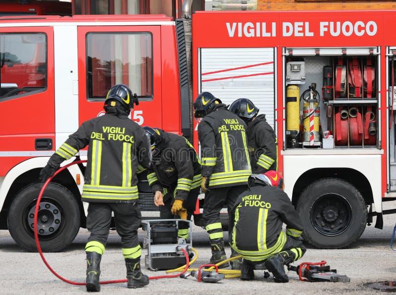 Rome RM, Italien - Maj 23, 2019: tema av italienska brandm?n in royaltyfri bild
