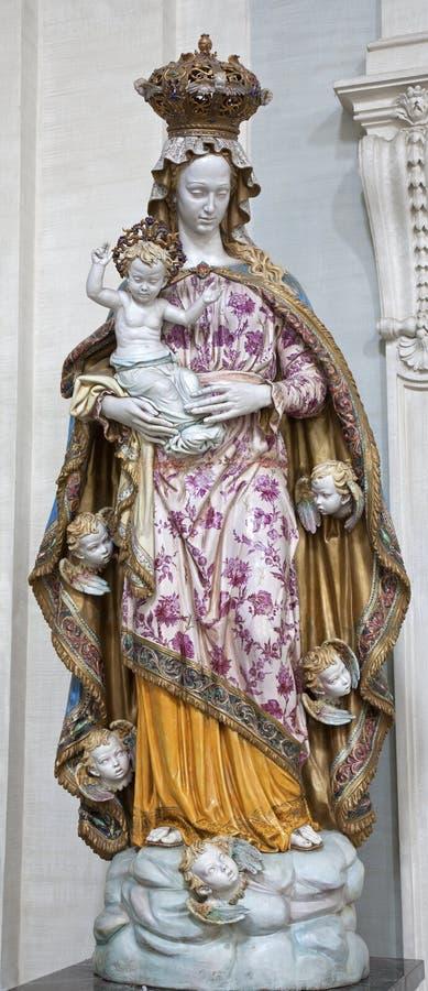 Rome - statue en céramique de Vierge Marie photographie stock libre de droits