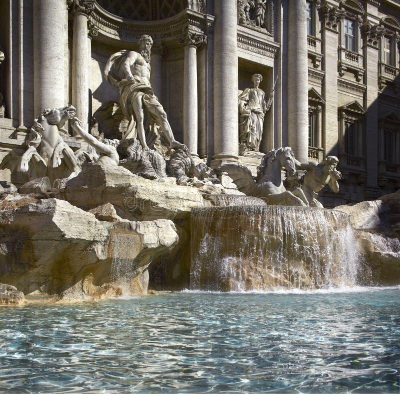 Rome Trevi-springbrunn, detalj arkivbilder