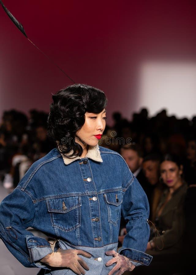 Romeo Hunte Men och kvinnamodeshow som delen av New York Fashion Week royaltyfri bild