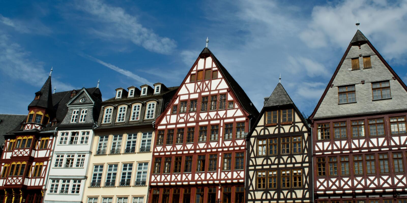 romer platz frankfurt здания стоковая фотография rf