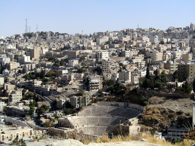 Romersk amfiteater i Amman, Jordanien royaltyfri bild