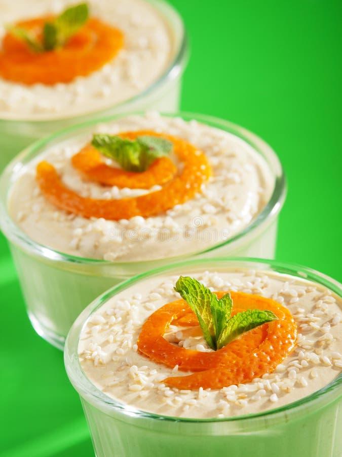Romig Tahini-Dessert stock fotografie