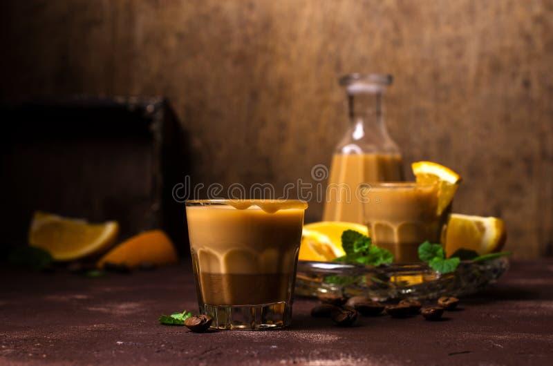 Romige koffielikeur royalty-vrije stock afbeelding