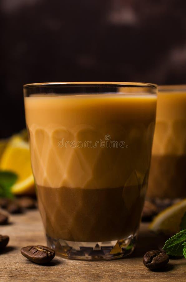 Romige koffielikeur royalty-vrije stock fotografie