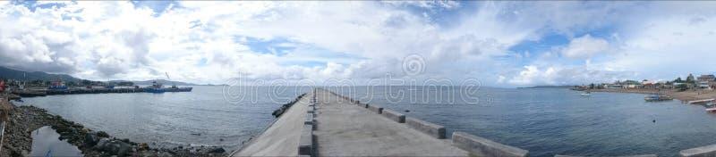 Rompeolas de Catanduanes foto de archivo libre de regalías