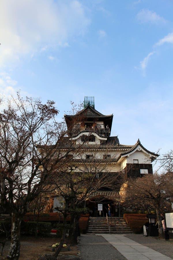 Rond Inuyama-Kasteel in Aichi-Prefectuur Gevestigd door Kiso R royalty-vrije stock fotografie