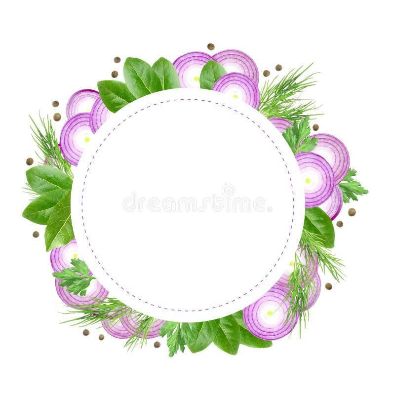 Rond Kaartontwerp Groenten en kruidenkadermalplaatje De purpere gesneden ui, de dille, de peterselie, de peperbollen en de laurie royalty-vrije illustratie