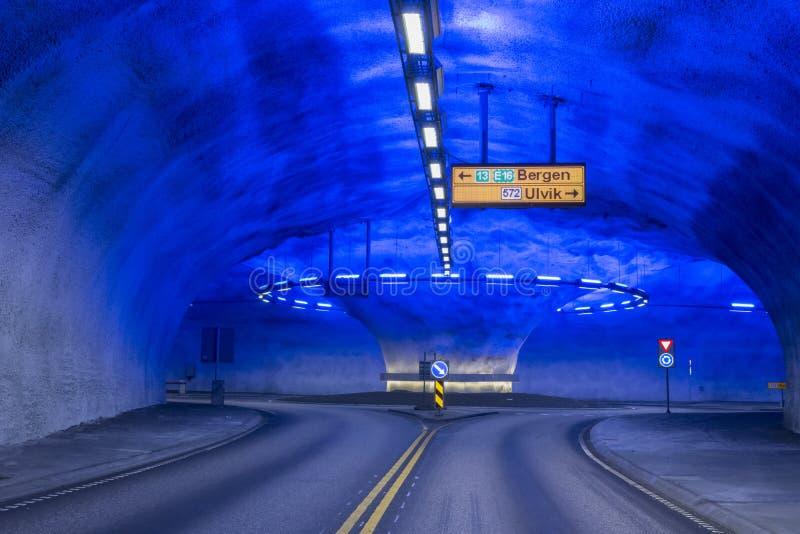 Rond point de tunnel en Norvège photographie stock libre de droits