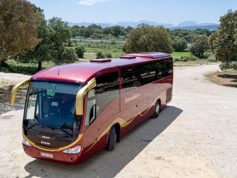 RONDA, ANDALUCIA/SPAIN - 8 ΜΑΐΟΥ: Λεωφορείο Transanadalucia που σταθμεύουν στοκ φωτογραφία με δικαίωμα ελεύθερης χρήσης