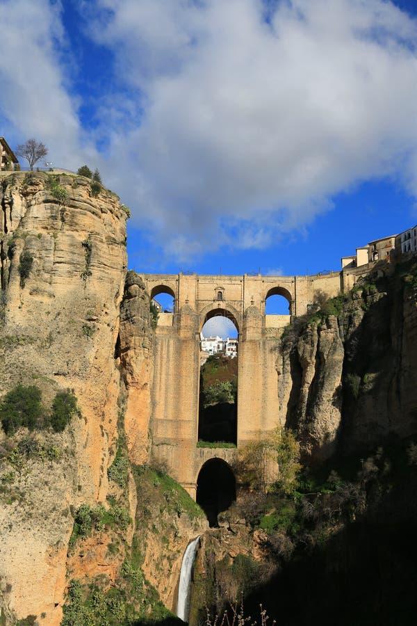 ronda Die Brücke Puente Nuevo lizenzfreie stockbilder