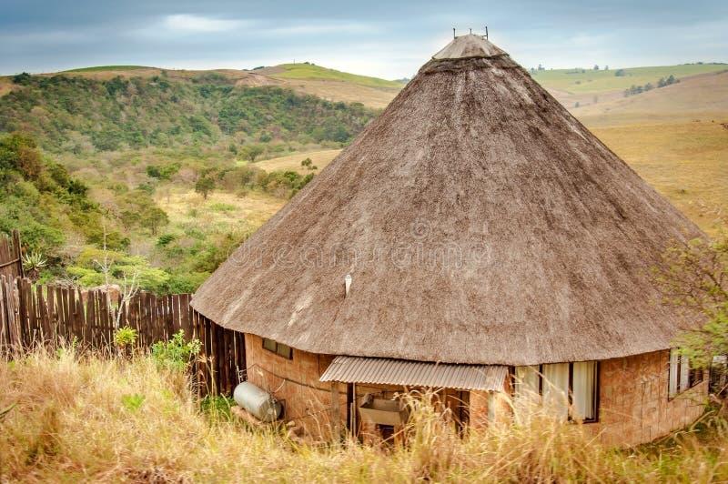 Rondavel, παραδοσιακό αφρικανικό σπίτι, Νότια Αφρική στοκ φωτογραφίες