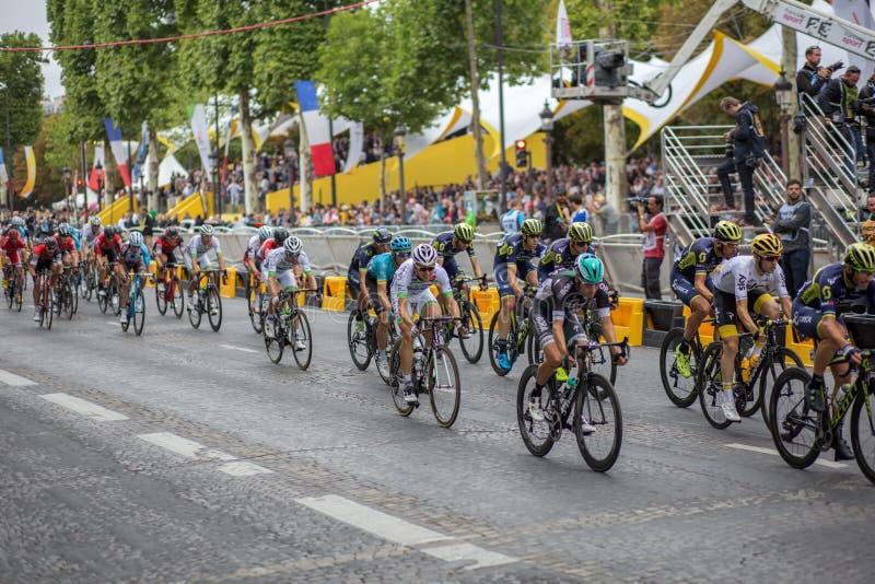 Ronde van Frankrijk 2017 champs-Elysees stock afbeeldingen