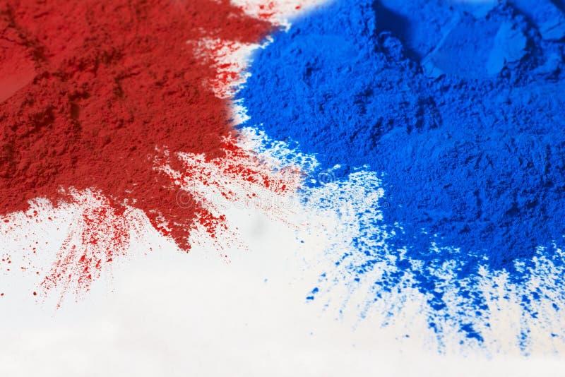 Rood en blauw poeder royalty-vrije stock foto's
