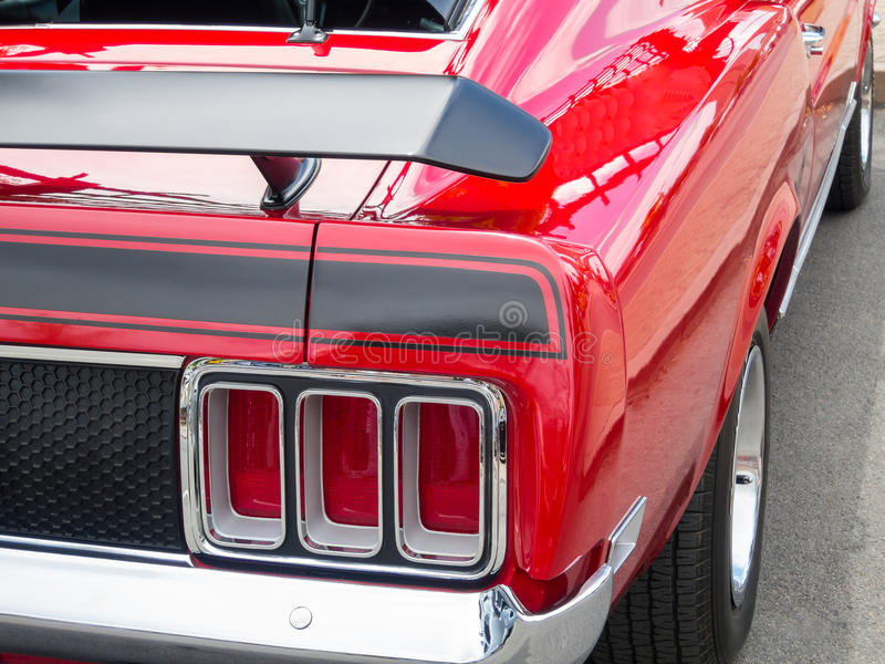 Rood Ford Mustang stock fotografie