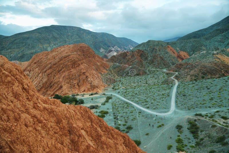 Rood-gekleurde berg in Purmamarca royalty-vrije stock foto's