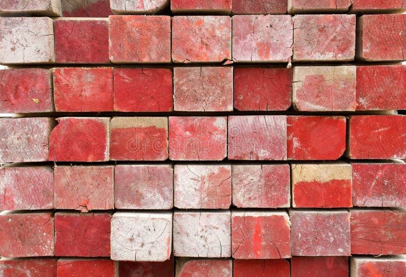 Rood Geschilderd Timmerhout Royalty-vrije Stock Afbeelding