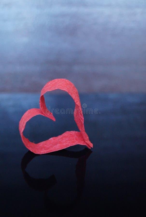 Rood hart van document royalty-vrije stock afbeelding
