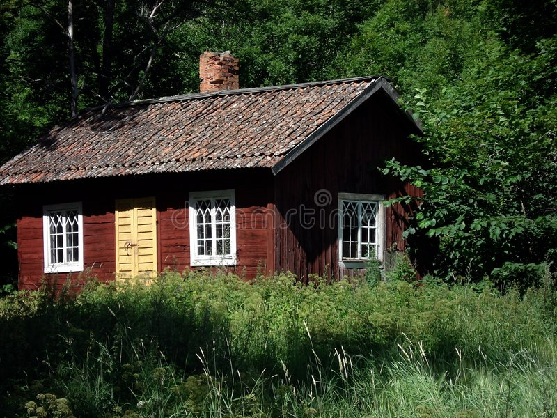 Rood plattelandshuisje royalty-vrije stock fotografie