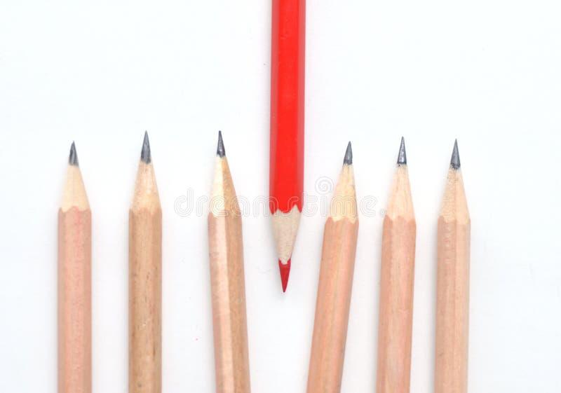 Rode en eenvoudige potloden royalty-vrije stock afbeelding