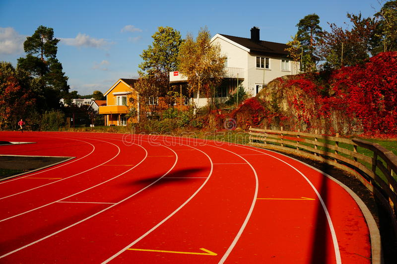 Rood renbaan en sportenstadion, Noorwegen royalty-vrije stock foto