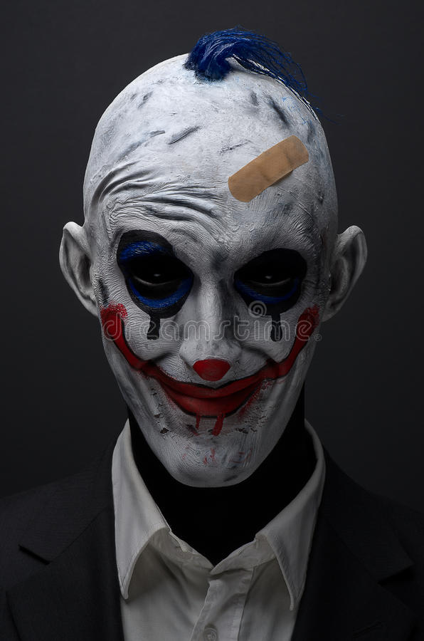 Rood van clown het gekke zombieën in een jasje royalty-vrije stock fotografie