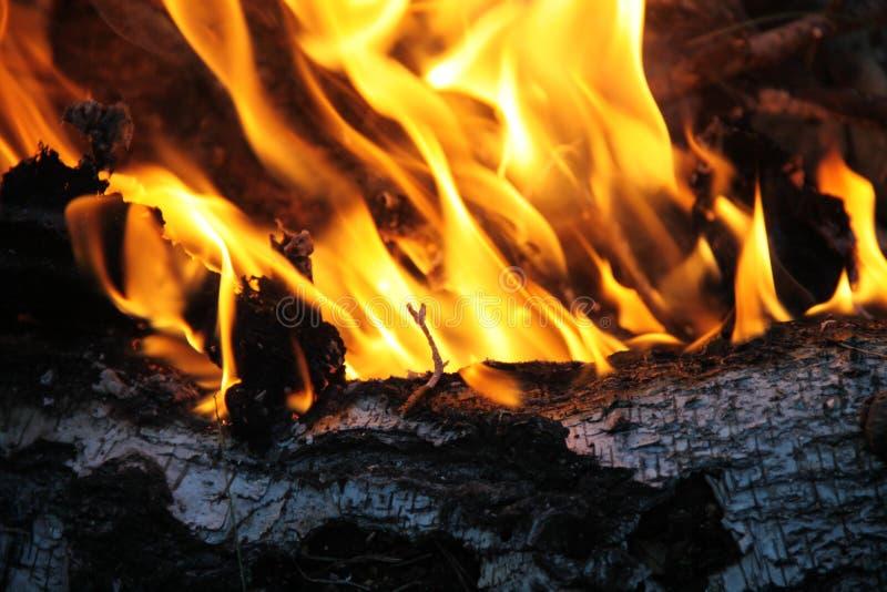 Roodgloeiend van brand stock afbeeldingen