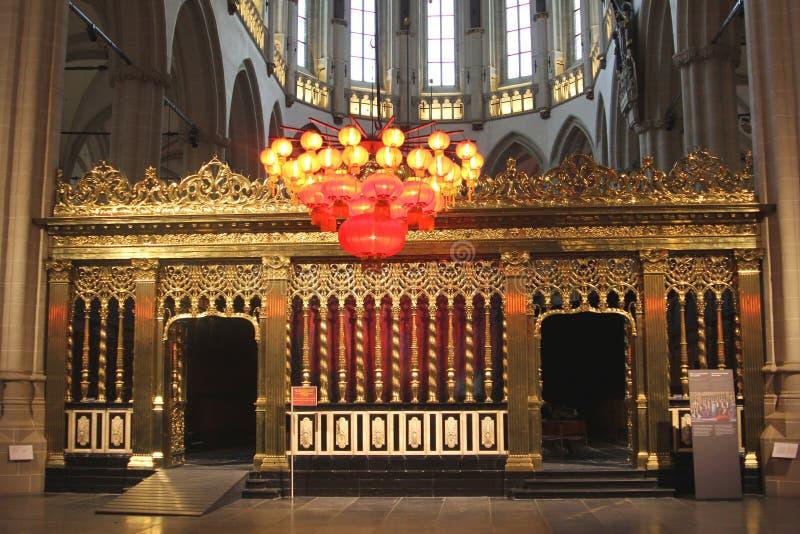 Roodscreen dans la nouvelle église à Amsterdam où le couronnement du Roi Willem-Alexander a eu lieu, Pays-Bas photo libre de droits