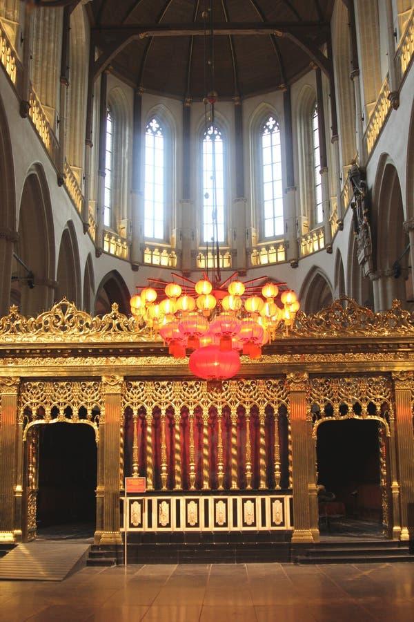 Roodscreen dans la nouvelle église à Amsterdam où le couronnement du Roi Willem-Alexander a eu lieu, Pays-Bas photographie stock libre de droits