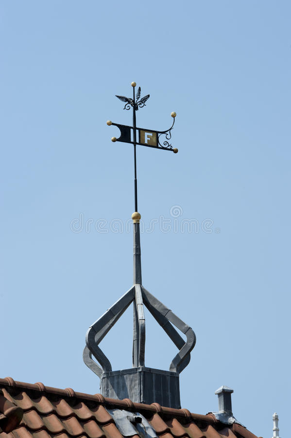 Download Roof Top With Decorated Weather Vane Royalty Free Stock Images - Image: 34267459