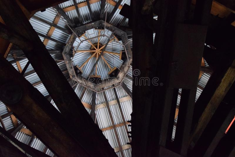 Roofline, interior da antiga planta de Bethlehem Steel imagens de stock