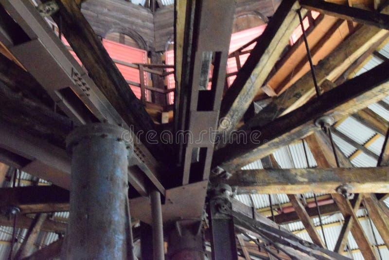Roofline, interior da antiga planta de Bethlehem Steel fotos de stock royalty free