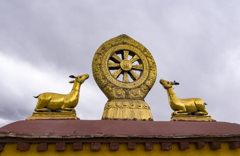 Rooftop Dharma wheel in Jokhang temple - Lhasa, Tibet stock photography
