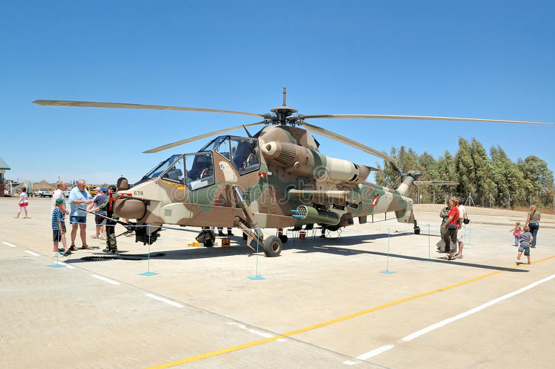 Rooivalk attackhelikopter, Bloemfontein, Sydafrika royaltyfria bilder