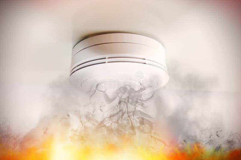 Rookdetector stock afbeeldingen