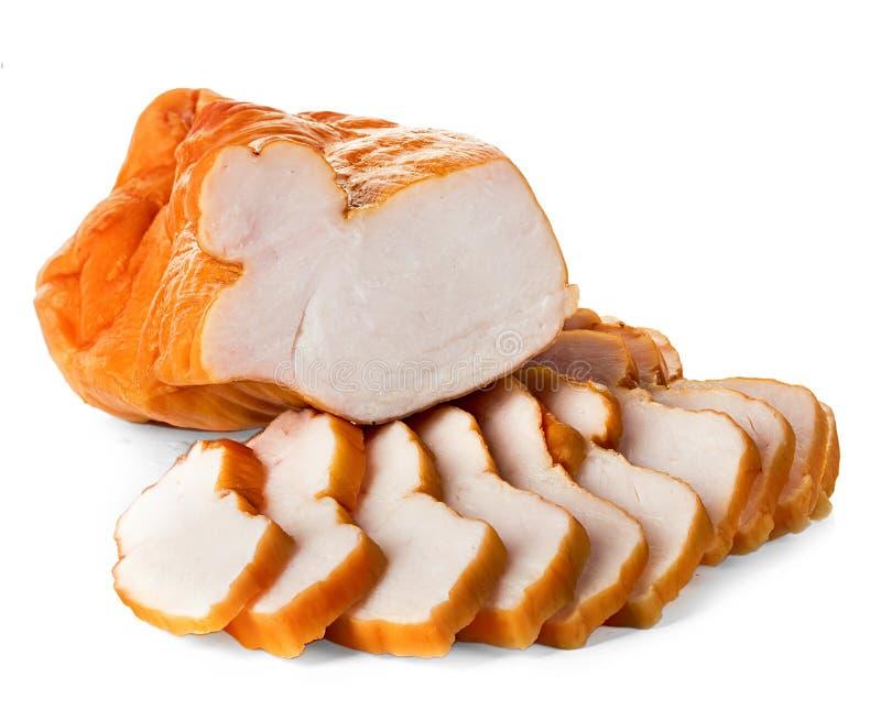 Rookte geheel en de gesneden kippenfilet stock foto
