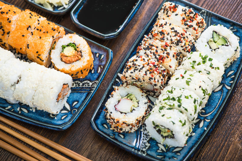 Rools vegetarianos de California, cocina japonesa foto de archivo libre de regalías