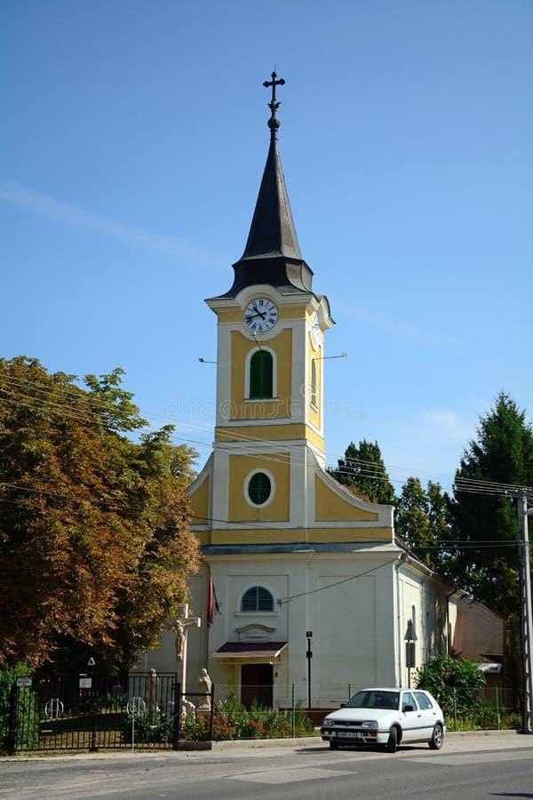 Rooms-katholieke kerk, Toszeg, Hongarije stock afbeeldingen