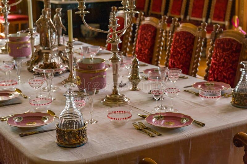 RoomV de Dinning en la casa victoriana de Charlecote fotografía de archivo