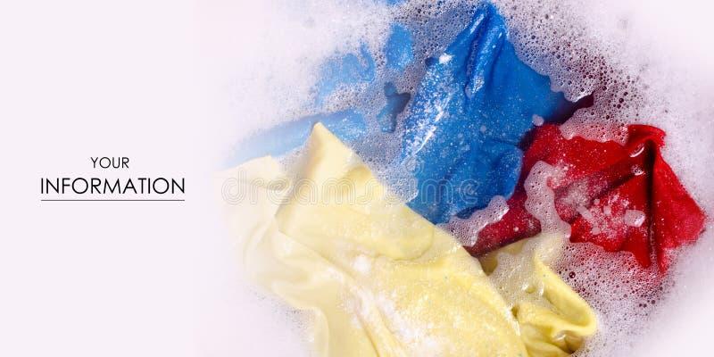 Ropa del color que se lava en modelo detergente pulverizado enemale del lavabo libre illustration
