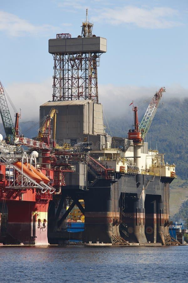 Ropa i gaz platforma w Norwegia Przemysł energetyczny petroleum zdjęcie stock