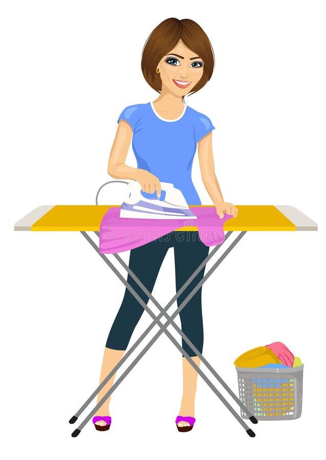 Ropa que plancha de la mujer atractiva joven feliz housework libre illustration
