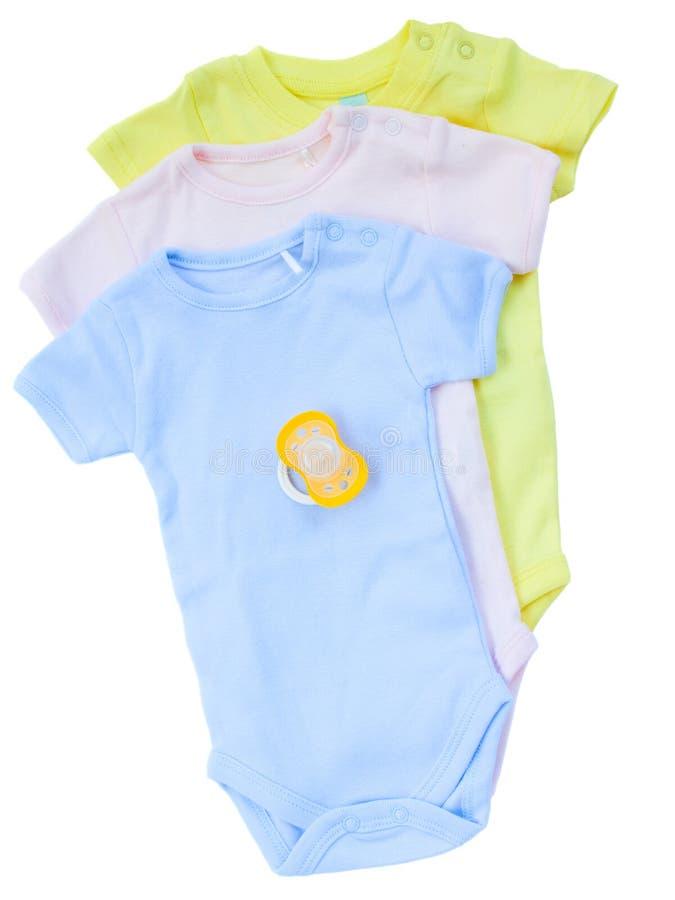 Ropa recién nacida del bebé foto de archivo libre de regalías