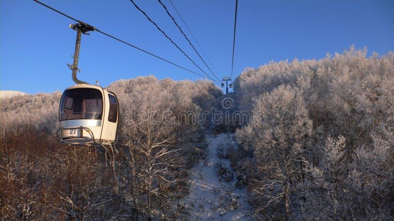 Rope-way di inverno immagine stock
