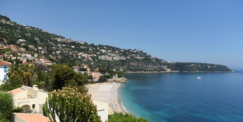 Roquebrune-Kappe-Martin, Provence-Alpes-Taubenschlag d 'Azur, Frankreich Cote d'Azur von französischem Riviera lizenzfreie stockbilder