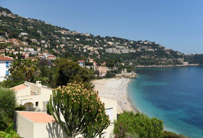 Roquebrune-Kappe-Martin, Provence-Alpes-Taubenschlag d 'Azur, Frankreich Cote d'Azur von französischem Riviera stockfotografie