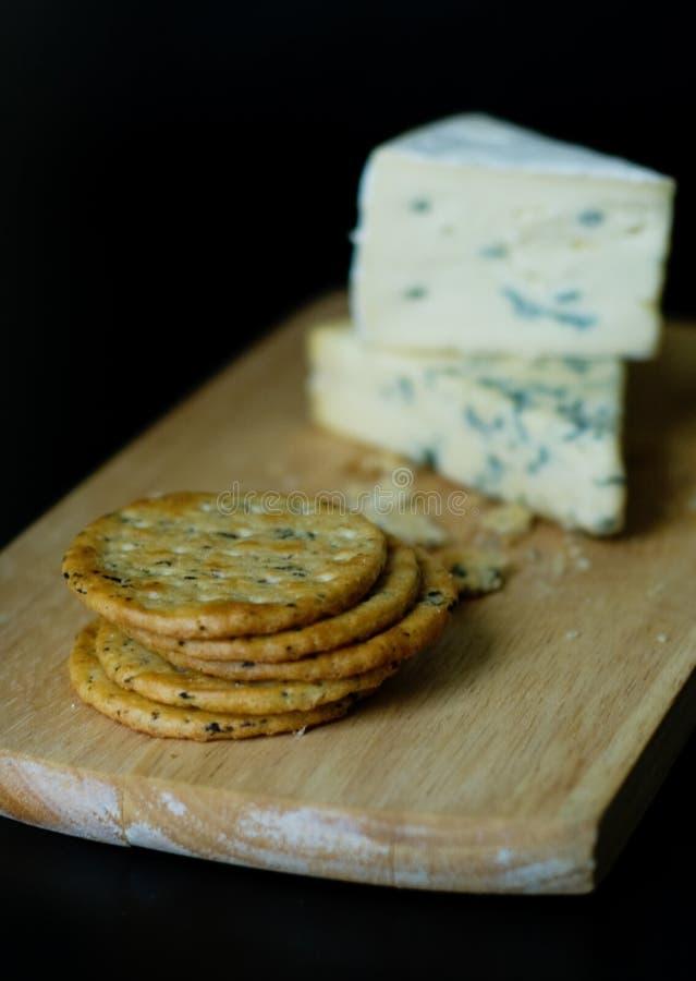 roquefort κροτίδων τυριών stilton στοκ φωτογραφίες με δικαίωμα ελεύθερης χρήσης