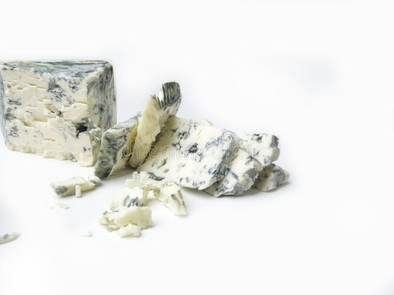 Roquefort som göras från får, mjölkar på söder av Frankrike, en av världens bästa bekanta ädelostar med den blåa formen royaltyfria bilder