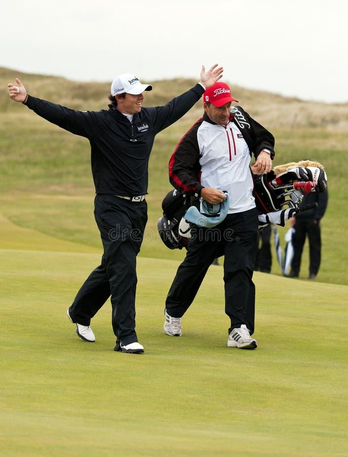 Rory Mcilroy comemora nos 2011 abertos imagens de stock